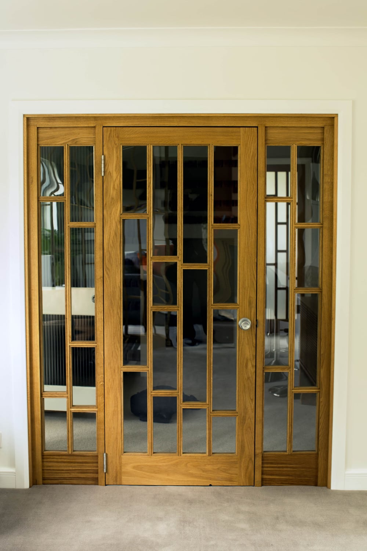 Bespoke Oak Room Divider And Doors Waterhall Joinery Ltd
