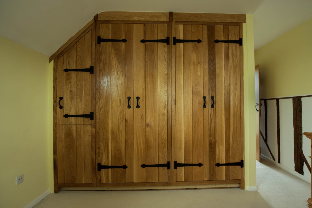 Fitted oak bespoke wardrobes Joiners Hertfordshire. Fitted oak Ledged \u0026 Braced door wardrobe & Oak Ledged \u0026 Braced door wardrobe Waterhall Joinery Ltd - Waterhall ...